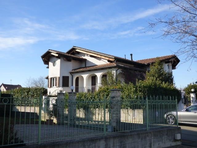 villa verrone vendita abita agenzia immobiliare