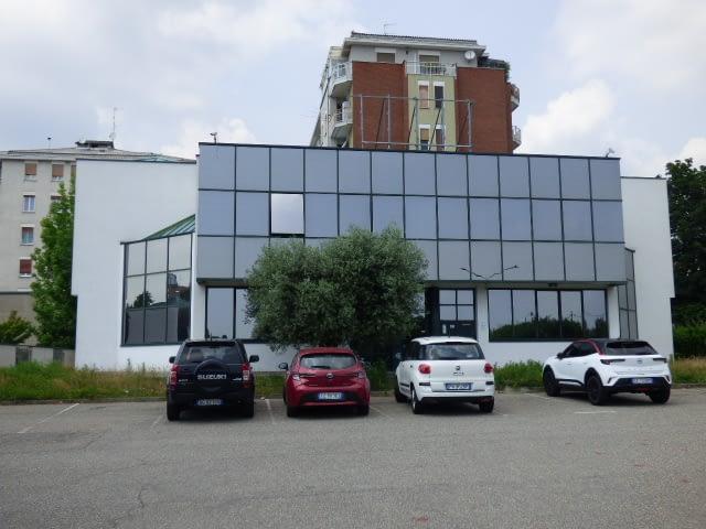 palazzina uffici in affitto biella corso risorgimento agenzia immobiliare abita
