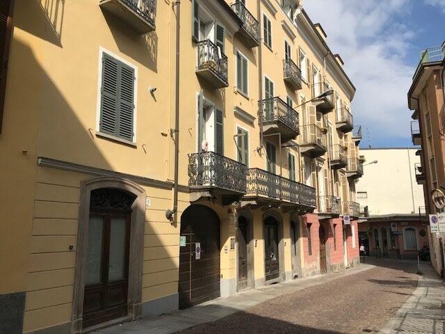 appartamento arredato affitto biella via cerino zegna agenzia immobiliare abita